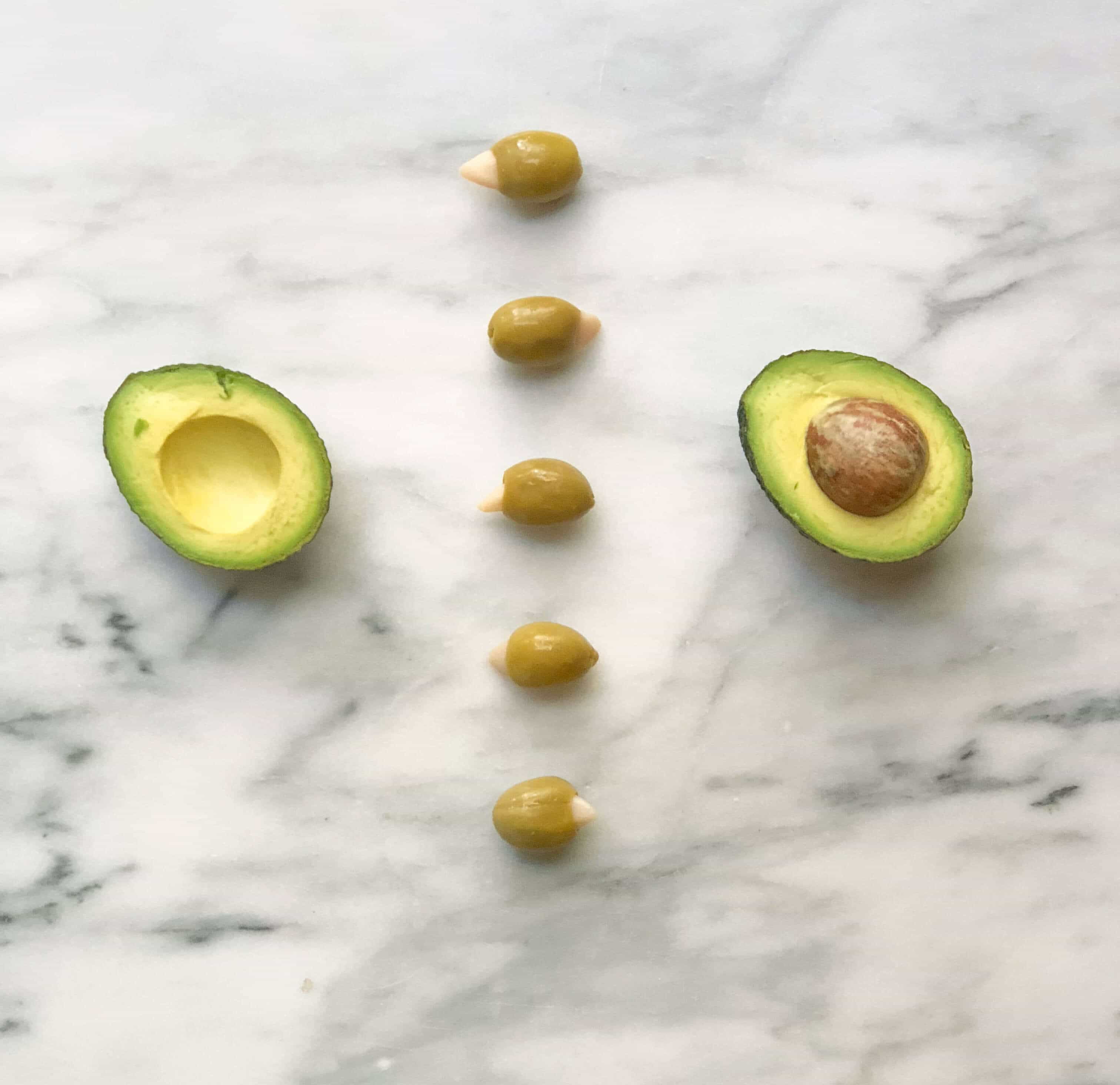 Why You Should'nt Be Afraid Of Healthy Fats #saveeandsavory #weightlosstips #wellness #getfit #fitgirls #healthylifestyle #avocado