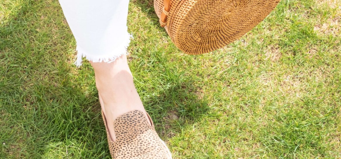 5 SPRING SHOES I'LL BE WEARING NON-STOP THIS YEAR #whatsavvysaid #springstyle #springshoes #petiteblogger #petitefashion