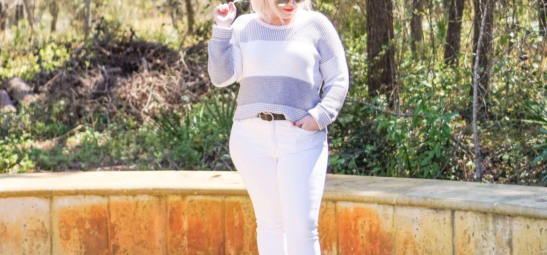 Spring Outfit I'm Wearing On Repeat #whatsavvysaid #petitefashion #petitestyle #springoutfit #whitedenim #springfashion #bananarepublic #petitecurve