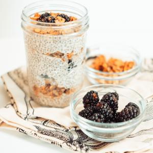 Collagen Chia Seed Parfait Recipe #healthyrecipe #easyrecipe